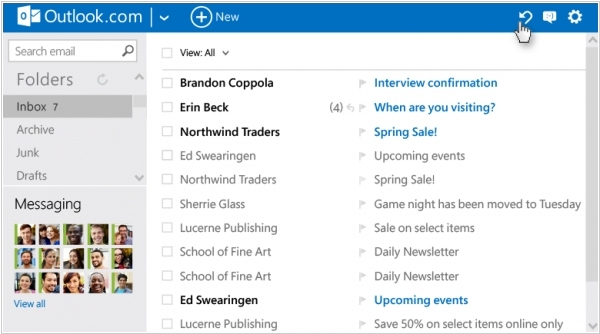 Outlook.com ads smart filters like in GMail. Zoho Mail increases free limit to 10 users
