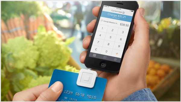 New Square reader accepts chip-enabled cards